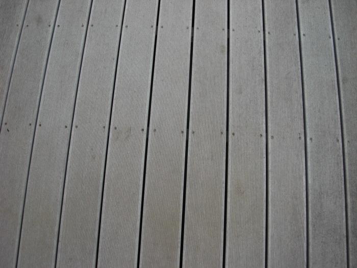 strati_deck_meintenance