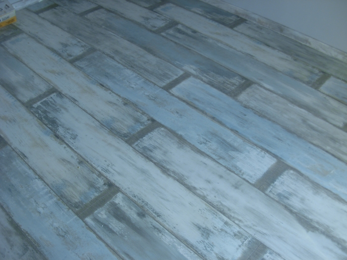 iraklis_stratis_reclaimed_oak_laminate